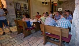 Restoran Posejdon - Ispod ure